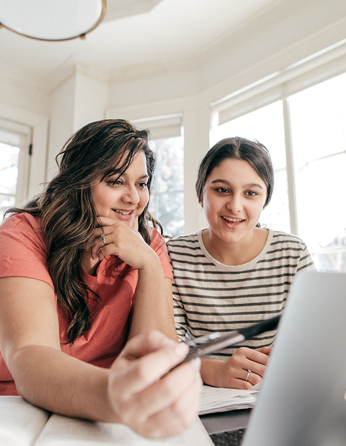 Mom and daughter studying |Rightwise Prep